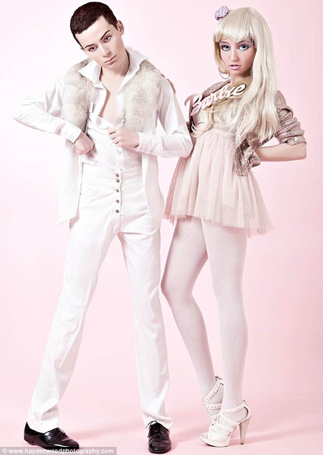 living dolls 'Barbie and Ken'