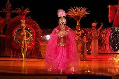 Exotic nighttime performances and shows in Sanya