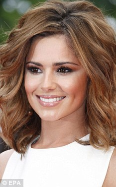 Woman wants to get Cheryl Cole's dimples with plastic surgery