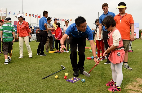 Stars show that golf can be child's play at Mission Hills Haikou