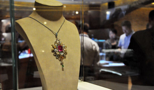 Jewellery investment on the rise in Hainan