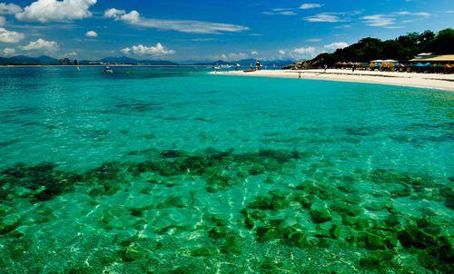5 popular spots to enjoy scuba diving in Sanya