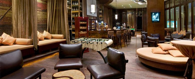 Hilton Bar