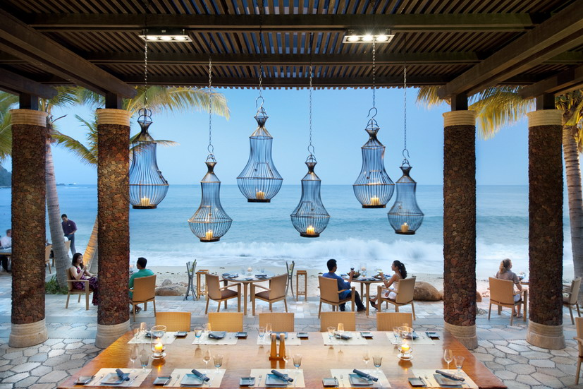 Fresh Restaurant of the Sanya Mandarin Oriental Hotel