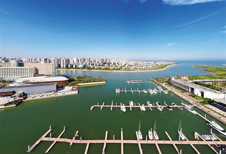 Hainan determines to build China's biggest yacht economy in Haikou