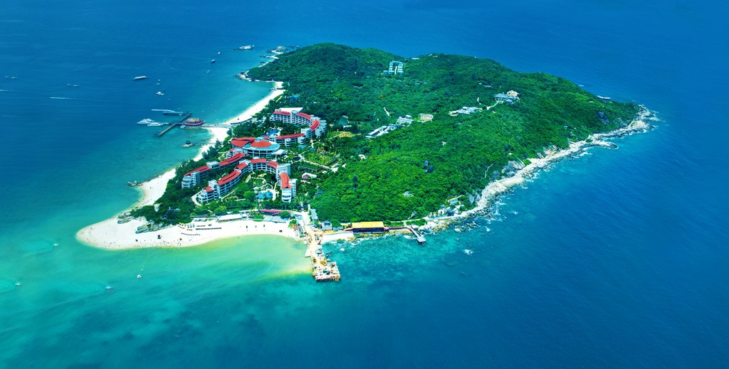 Get your PADI certification in a day at Wuzhizhou Island, Sanya