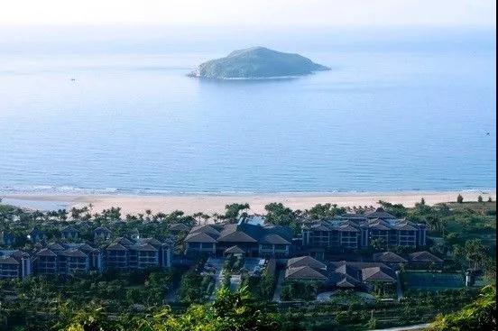 Get close to unspoiled nature at Jiajing Island in Wanning